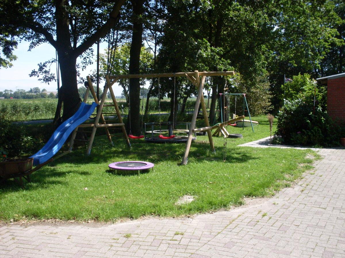 Spielplatz Garten Kaufen Holzpfosten Für Staketenzaun Weide Und