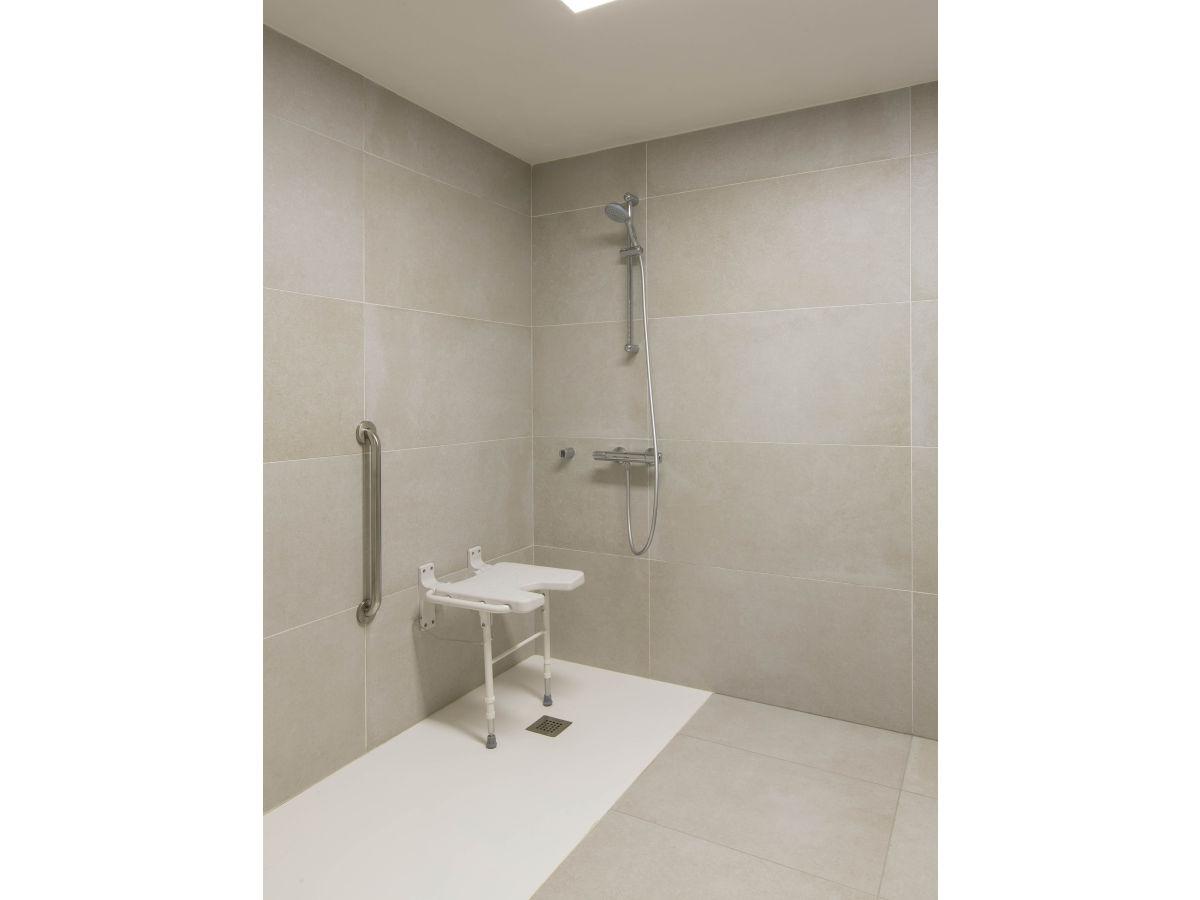 Badezimmer Ideen Behindertengerecht Behindertengerechtes