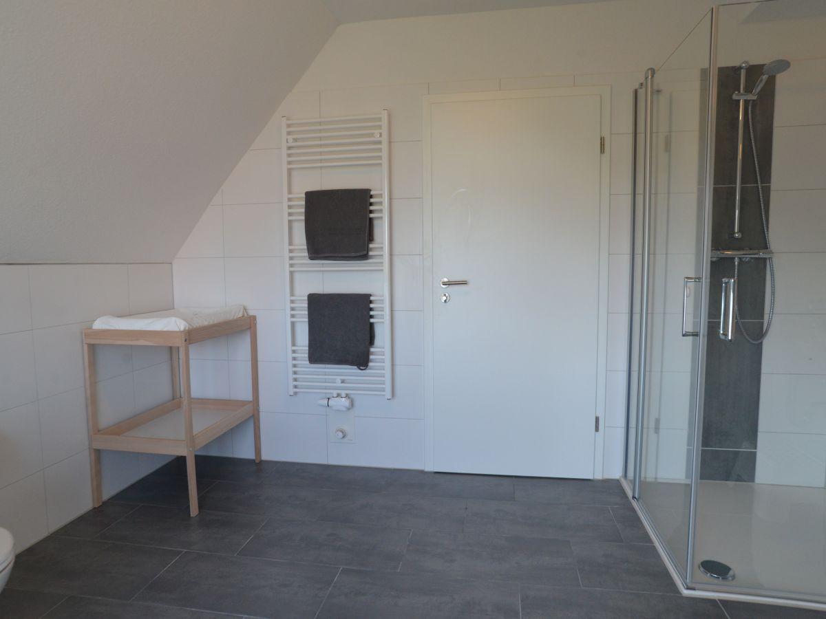 Badezimmer Dachgeschoss Ein Bad Unterm Dach Planen Schwarzwalder Post