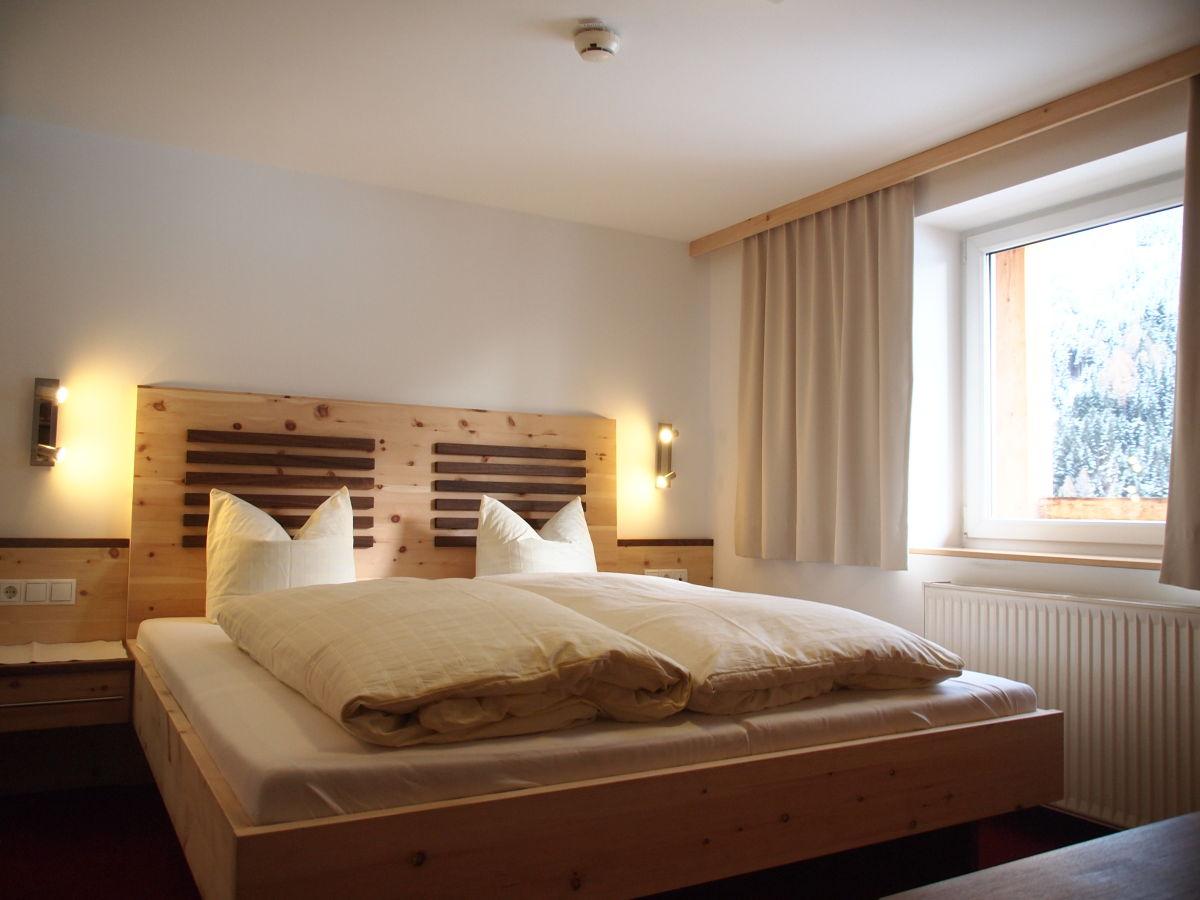 Schlafzimmer Zirbenholz Tirol Schlafzimmerblick Decoration 17