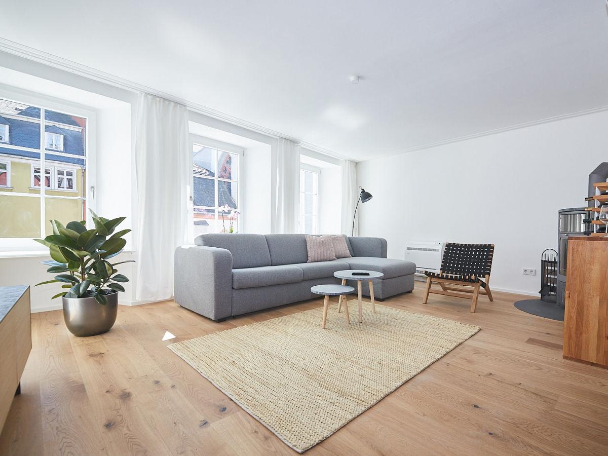 Großes Wohnzimmer Richtig Einrichten | Ferienwohnung Quotam Alten ...