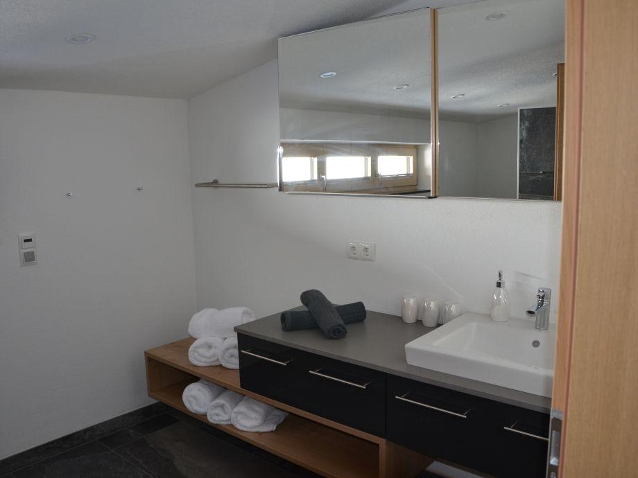 Küche Kleine Weiße Würmer | Würmer Im Badezimmer – Home ...