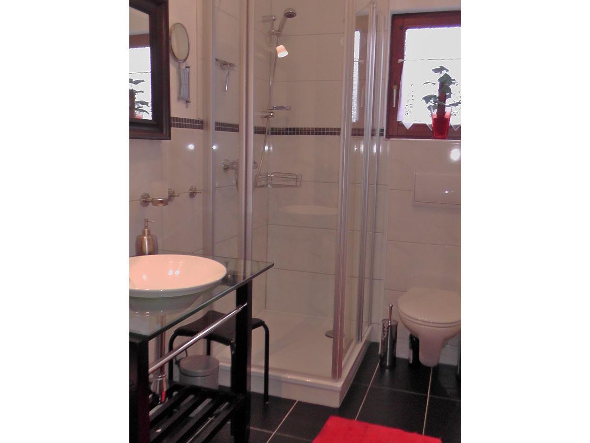 Neue Dusche Einbauen Neue Frische Unter Der Dusche Schreinerzeitung