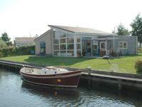 Luxes Bungalow am Wasser mit Sauna & Whirlpool, IJsselmeer ...