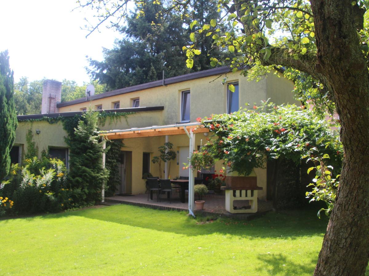 Ferienwohnung PotsdamBerlin Michendorf Firma ferienquartierde  Herr Oliver Genrich