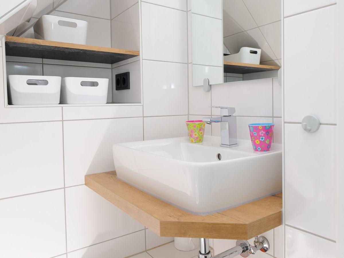 Badezimmer Klein Mini Heizkorper Gaste Wc Wohn Design