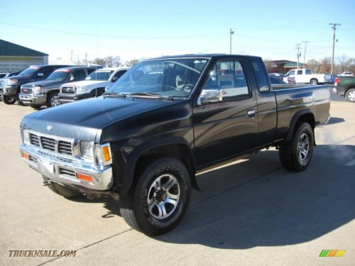 small resolution of 1997 hardbody truck se extended cab 4x4 super black dark gray photo 3