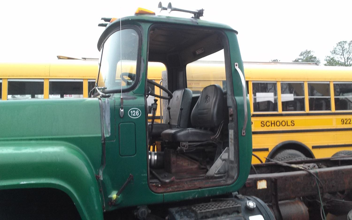 hight resolution of 1989 mack rd690s cabs stock salvage 468 mcab 162 part
