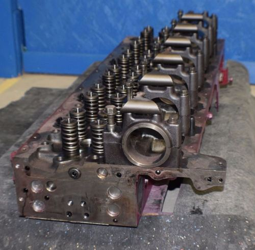 small resolution of cylinder head mack
