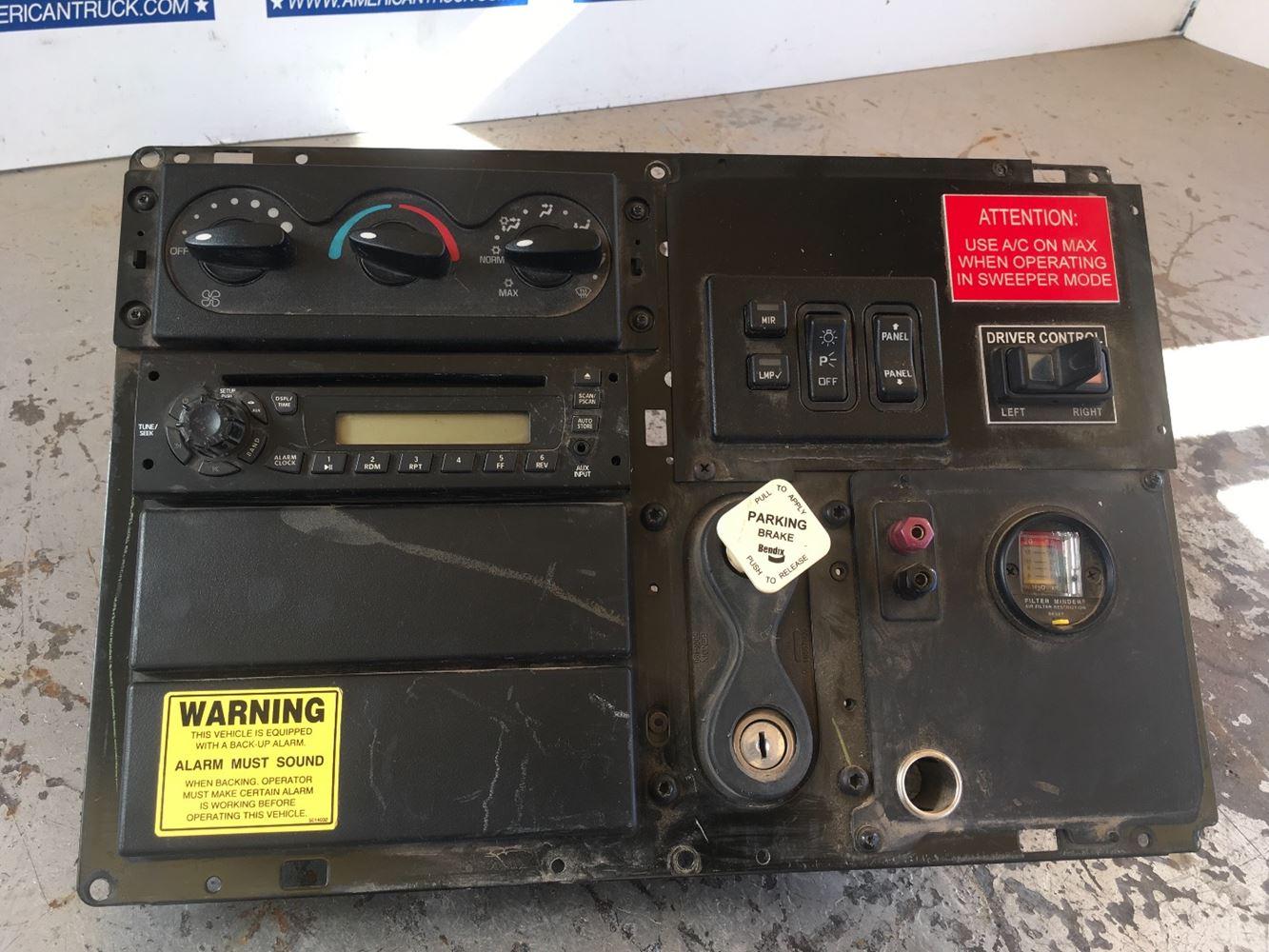 2008 international 4300 radio wiring diagram 4 way round trailer plug durastar land rover