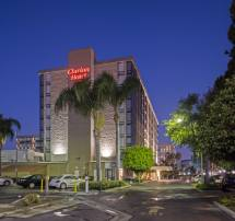 Clarion Hotel Anaheim Resort 2019 Room 90 Deals