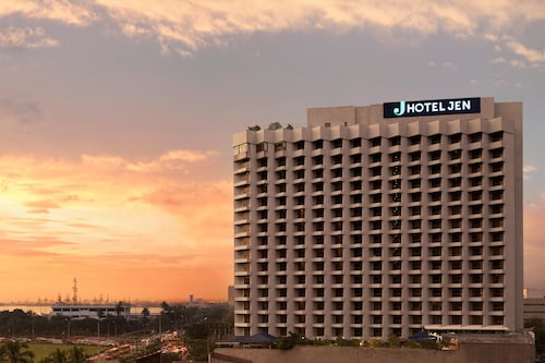 Hotels Near Baywalk Manila