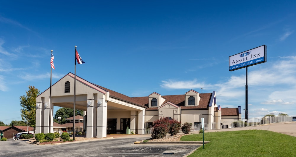 Angel Inn By The Strip In Branson Hotel Rates Reviews On