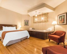 Quality Inn & Suites Downtown Charlottetown - Room