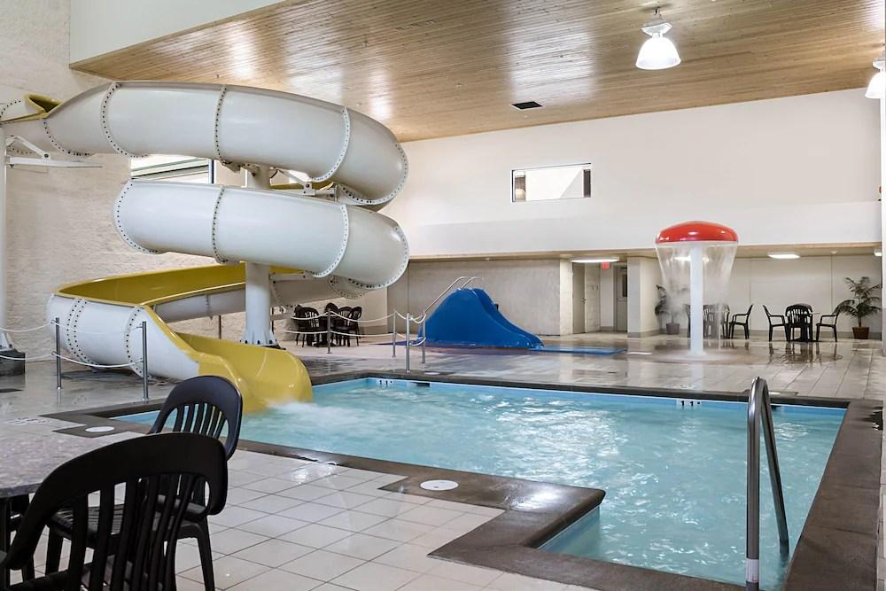 Comfort Suites Bismarck 2019 Room Prices  Reviews
