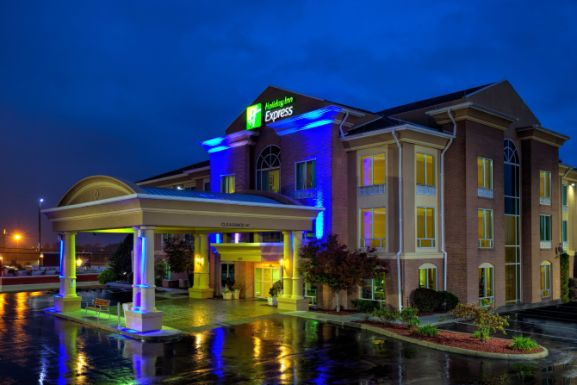 Holiday Inn Express Suites Richmond In Richmond Ky Expedia