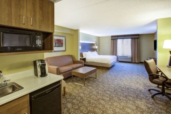 Holiday Inn Express And Suites Fort Wayne In Fort Wayne In