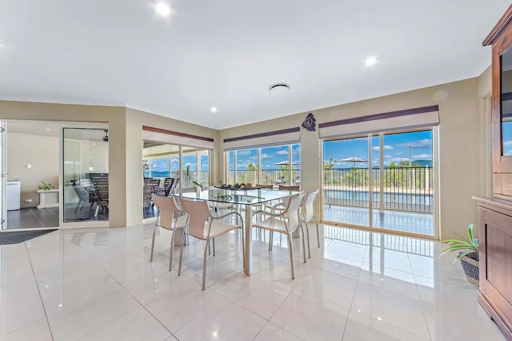 Kookaburra Lodge Whitsundays Cannon Valley Aus Best Price