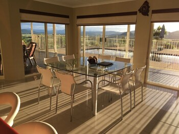 Kookaburra Lodge Whitsundays Airlie Beach 2020 Room Prices