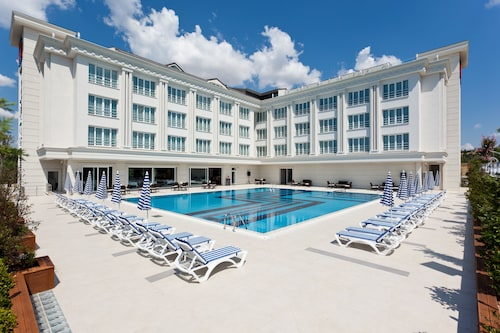 Resort Hotels In Istanbul Find Cheap 30 Resort Hotels
