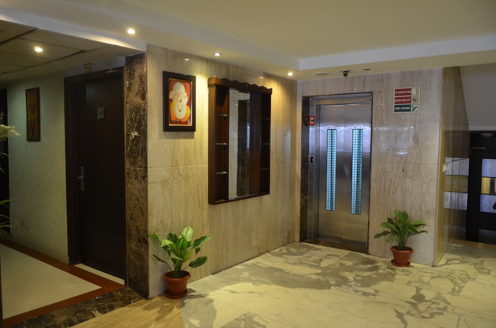 Airport Hotel Grand Delhi In New Delhi Cheap Hotel Deals