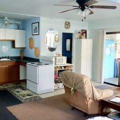 Kitchen And Bath Building A Cabinet Large Deluxe Studio Walk To Beaches Full Very Guestroom In Room Bathroom