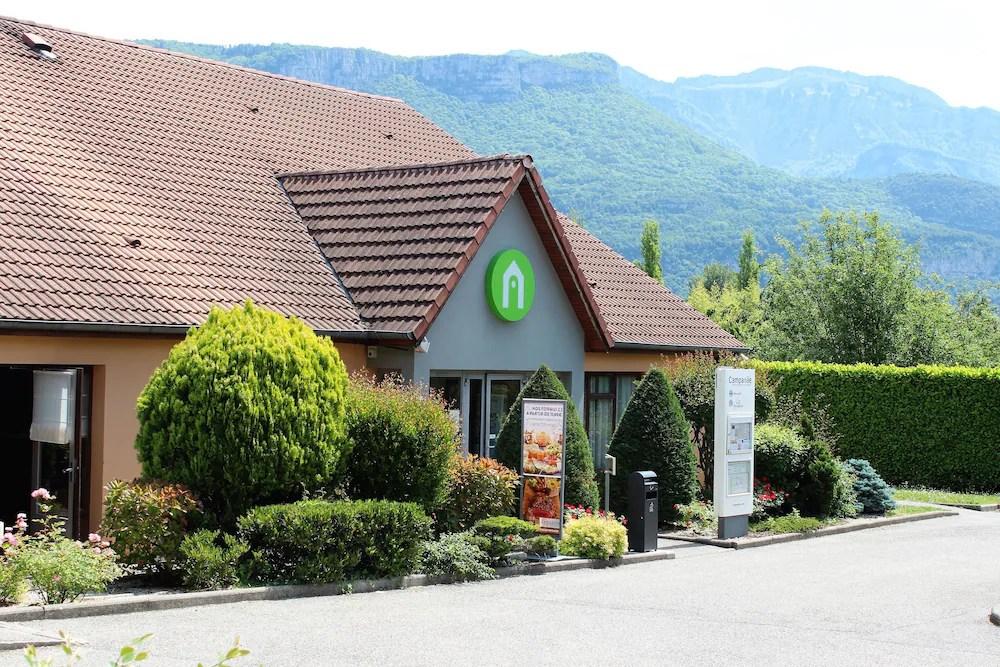 Hotel Campanile Grenoble Nord Moirans Moirans Room