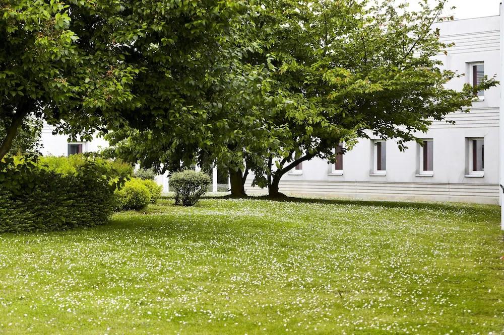 Première Classe Roissy Charles De Gaulle Paris Nord 2 In