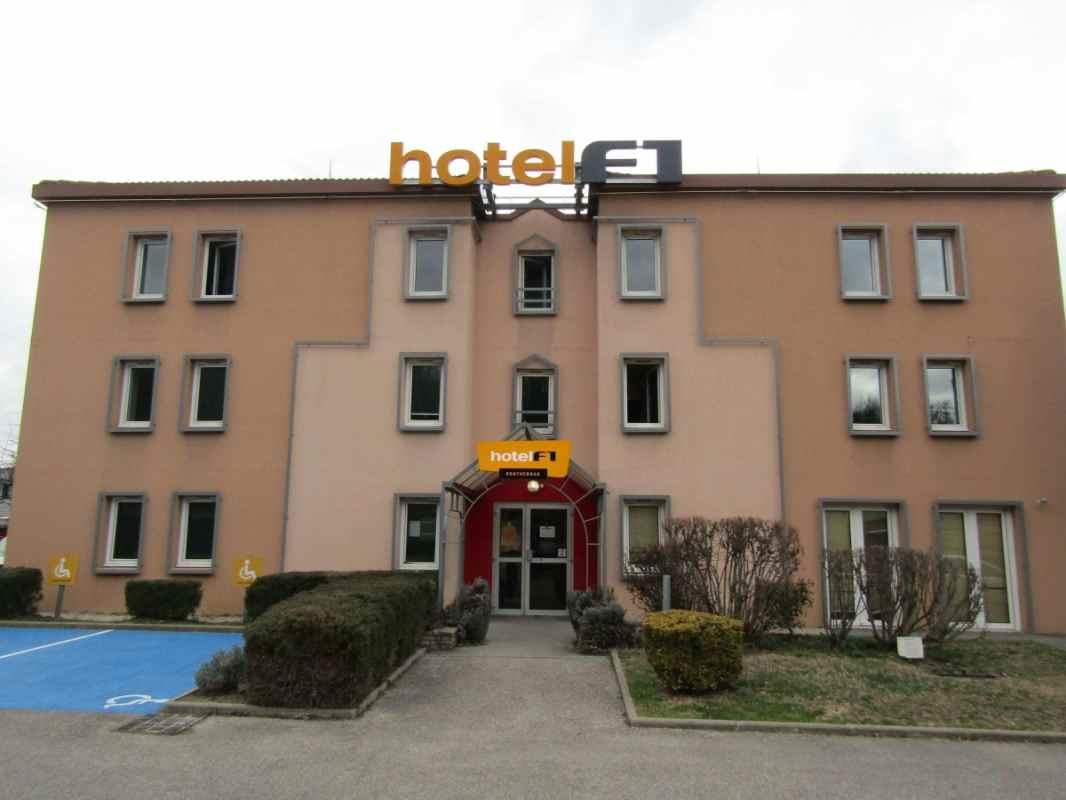 hotelf1 lyon bourgoin jallieu in l isle