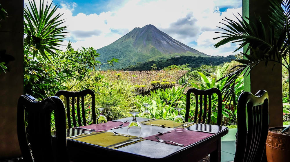 Mountain Paradise Wellness Spa In La Fortuna Cheap Hotel