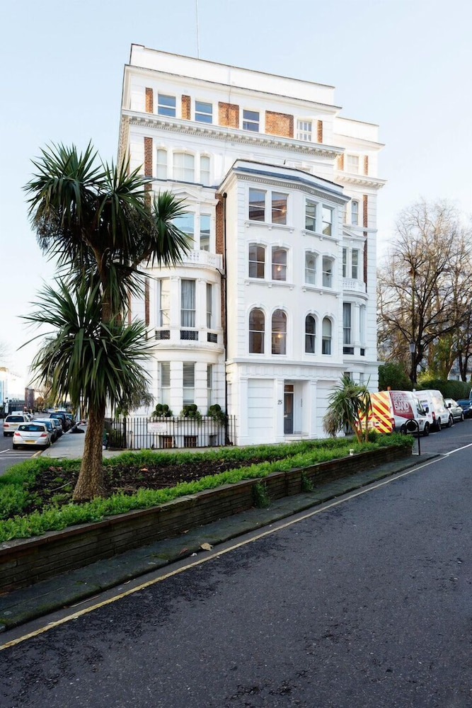 Veeve Stanley Garden Flat In London Hotel Rates