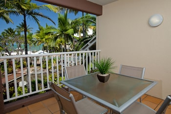 Coral Sands Resort Deals Reviews Cairns Aus Wotif