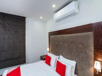 Oyo 126 Dome Suites Al Mursalat Reviews Photos Rates
