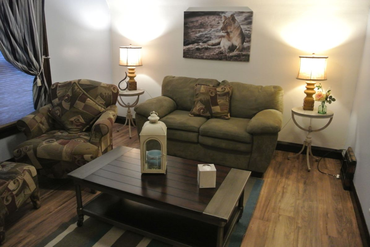 Cozy 1 Bedroom Upstairs Apartment In Two Rivers In Sheboygan Wi Expedia