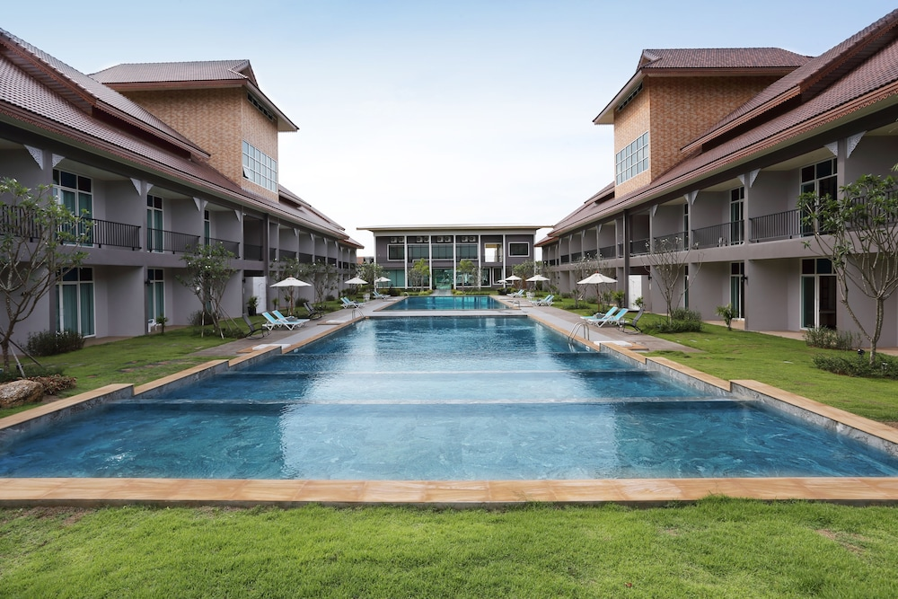 Southern Airport Hotel In Hat Yai Hotel Rates Reviews On