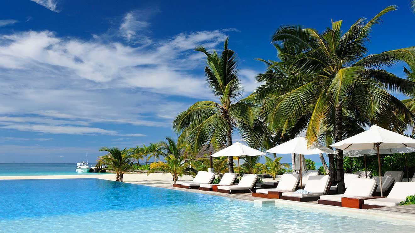 vacation packages last minute