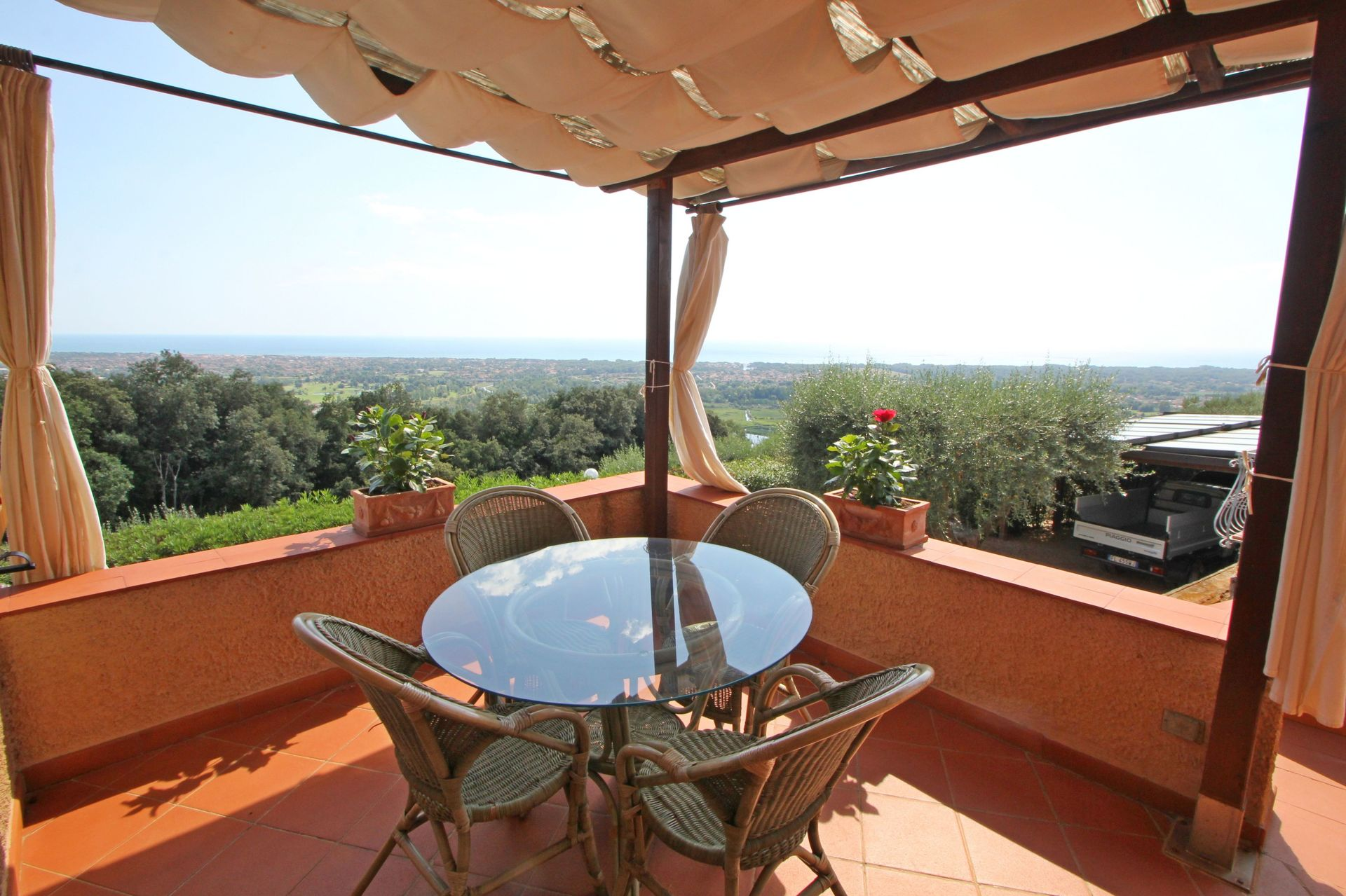 Strettoia Villa Vacation Rental Terrazza Sul Mare that sleeps 8 people in 4 bedrooms located in