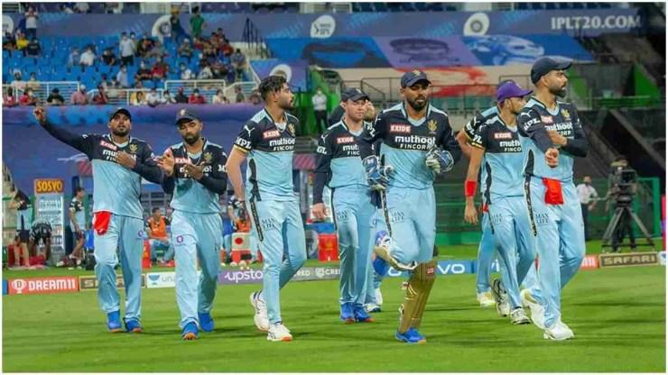 IPL में आज 28वीं बार चेन्नई सुपर किंग्स और रॉयल चैलेंजर्स बैंगलोर की टीमें भिड़ेंगी. इससे पहले हुई 27 भिड़ंत में 17 चेन्नई ने जीते हैं. वहीं सिर्फ 9 मुकाबले RCB के नाम हुए हैं. जबकि 1 मुकाबला दोनों टीमों के बीच बेनतीजा रहा है. (Photo: iplt20.com)