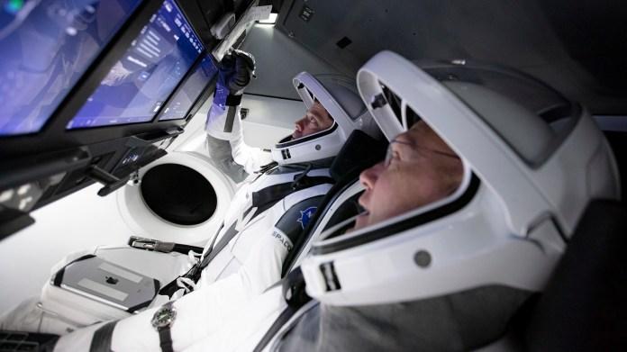 Crew-Dragon-Hurley-Behnken-NASA-SpaceX