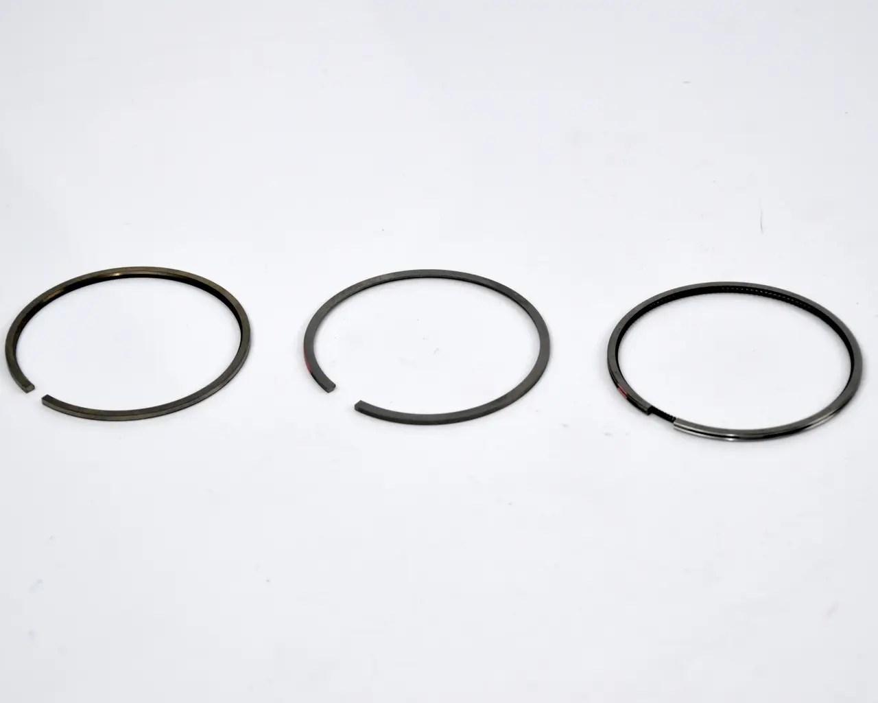 Комплект поршневых колец на Renault Trafic II 2001->2006