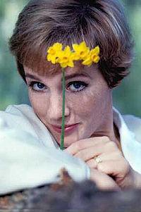 Julie Andrews  Desciclopdia