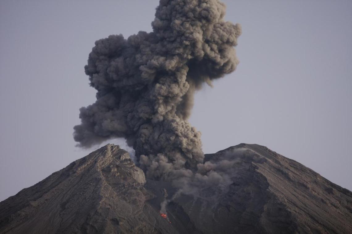 В 1985 году произошло извержение колумбийского вулкана Невадо-дель-Руис, бездействовавшего более 100 лет/ фото ua.depositphotos.com