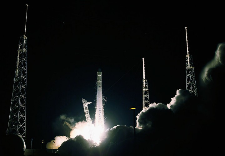 SpaceX continues investigation on Falcon 9 rocket blast