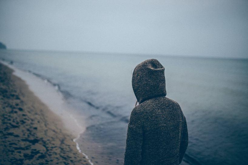 給自己的一封分手信:悲傷是給感情最後的紀念 - 失戀花園|莊博安諮商心理師