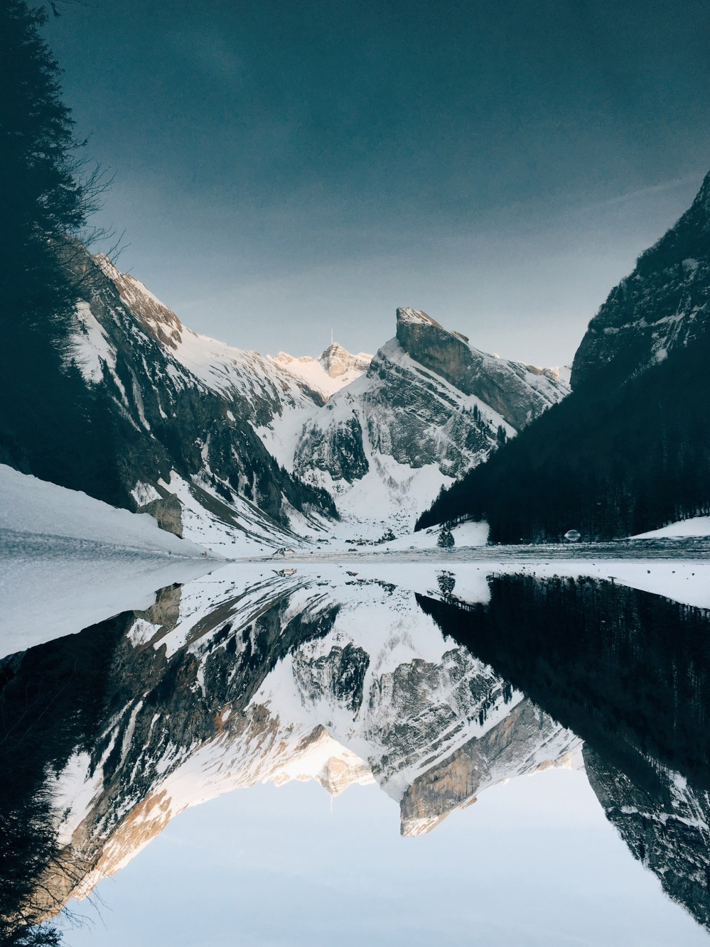 Outside Pictures  Download Free Images on Unsplash