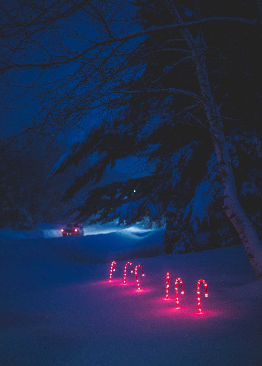 Hd Wallpapers Car And Girl Night Snow Winter And Candy Cane Hd Photo By Filip Mroz