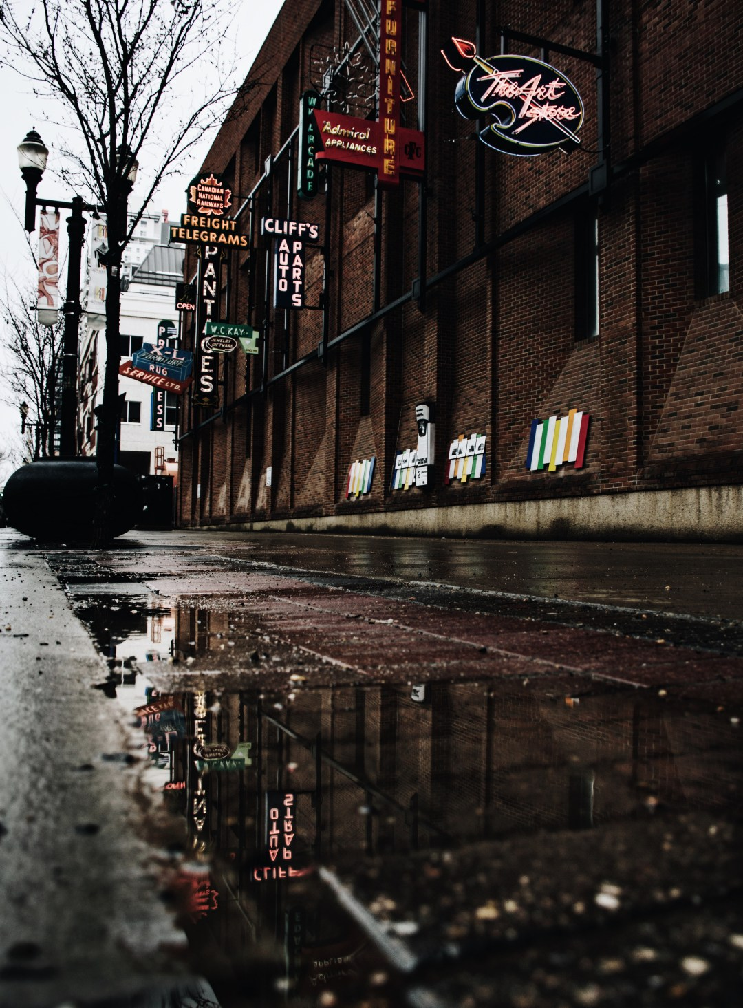 Street Puddle Puddle Reflection And Business Sign Hd