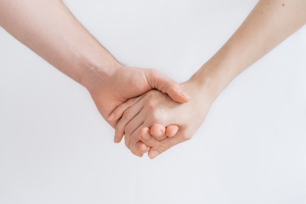 500 holding hands pictures