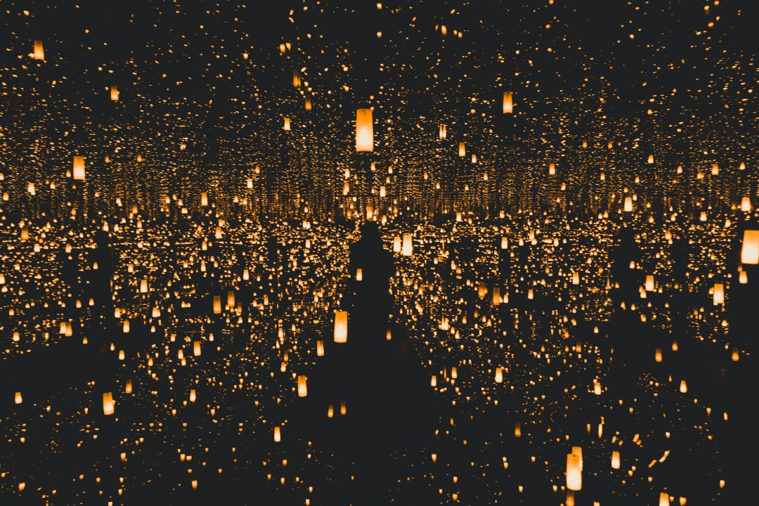100 lights pictures download
