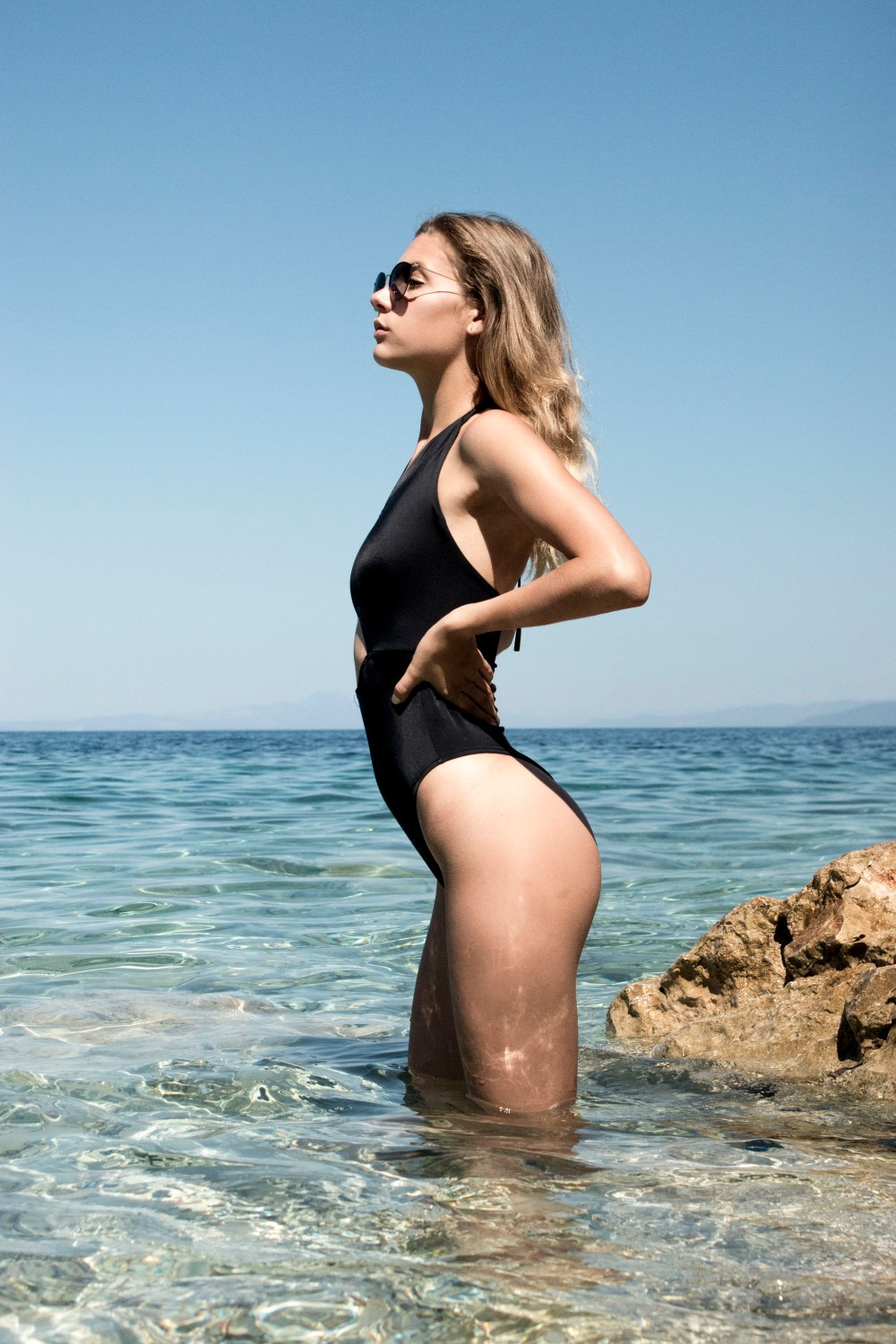 Beautiful Girl In Blue Water Wallpapers A View To The Horizon Hd Photo By Johannes Zottele